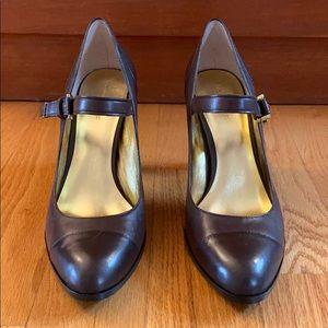 Banana Republic brown heel Mary Janes # Size 9 1/2